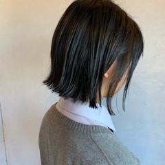 シンプルボブ ボブ オフィス 黒髪 ヘアスタイルや髪型の写真・画像