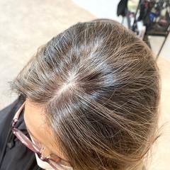 ベージュ アッシュベージュ ナチュラル ミディアム ヘアスタイルや髪型の写真・画像