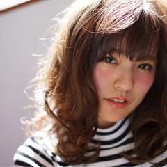 アッシュ 大人かわいい セミロング 前髪あり ヘアスタイルや髪型の写真・画像