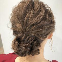 ヘアアレンジ ミディアム フェミニン グレージュ ヘアスタイルや髪型の写真・画像