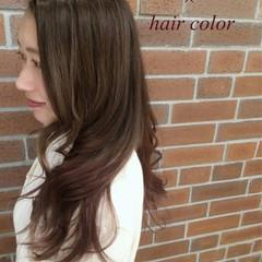 ロング アッシュ ナチュラル くせ毛風 ヘアスタイルや髪型の写真・画像