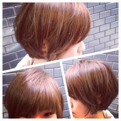 大人女子 イルミナカラー ナチュラル ボブ ヘアスタイルや髪型の写真・画像