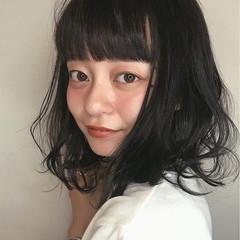 簡単ヘアアレンジ ガーリー 外ハネ 前髪パッツン ヘアスタイルや髪型の写真・画像