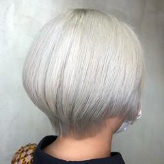 ショートヘア ストリート ホワイトカラー ショートボブ ヘアスタイルや髪型の写真・画像