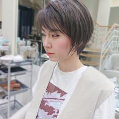 ミニボブ ショートヘア ショート ナチュラル ヘアスタイルや髪型の写真・画像