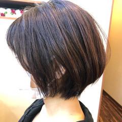 オレンジカラー オレンジブラウン バーム ボブ ヘアスタイルや髪型の写真・画像