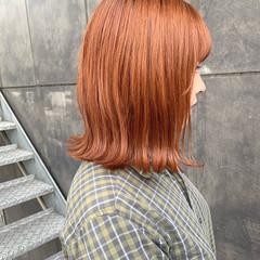 ボブ オレンジカラー オレンジ 切りっぱなしボブ ヘアスタイルや髪型の写真・画像