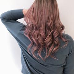 ラベンダーグレー ラベンダーピンク ラベンダーカラー エレガント ヘアスタイルや髪型の写真・画像