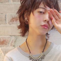 外国人風 パーマ ショート 黒髪 ヘアスタイルや髪型の写真・画像