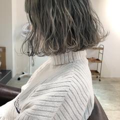 アンニュイほつれヘア ブルーアッシュ アッシュグレージュ 大人かわいい ヘアスタイルや髪型の写真・画像