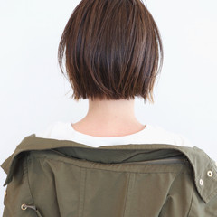 ショートヘア ミニボブ ショート インナーカラー ヘアスタイルや髪型の写真・画像
