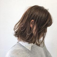 色気 グレージュ ボブ 女子会 ヘアスタイルや髪型の写真・画像