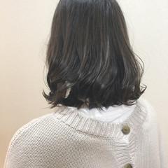 ブルージュ アッシュグレージュ コンサバ 外国人風カラー ヘアスタイルや髪型の写真・画像