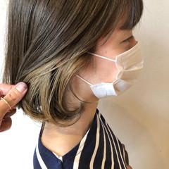 ボブ シアーベージュ インナーカラー ミルクティーベージュ ヘアスタイルや髪型の写真・画像