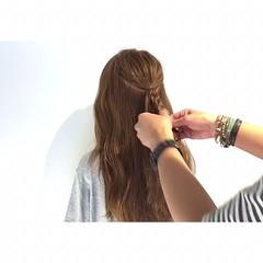 簡単ヘアアレンジ 上品 三つ編み ヘアアレンジ ヘアスタイルや髪型の写真・画像