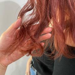ピンク ガーリー ベリーピンク ミディアム ヘアスタイルや髪型の写真・画像