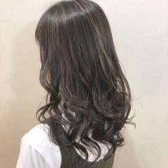外国人風カラー 外国人風 グレージュ ロング ヘアスタイルや髪型の写真・画像
