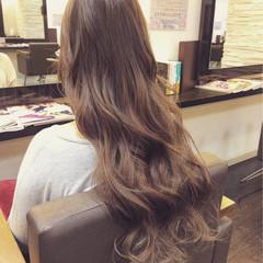 ガーリー グレージュ 外国人風 ロング ヘアスタイルや髪型の写真・画像