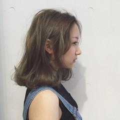 イルミナカラー 外国人風 ストリート ハイライト ヘアスタイルや髪型の写真・画像