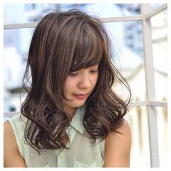 ゆるふわ かわいい パーマ ミディアム ヘアスタイルや髪型の写真・画像