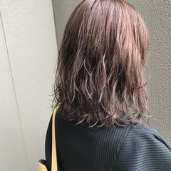 透明感 ミディアム アウトドア ゆるふわ ヘアスタイルや髪型の写真・画像