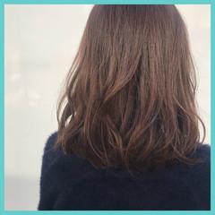 ラベンダーピンク ゆるふわ ウェーブ ヘアアレンジ ヘアスタイルや髪型の写真・画像