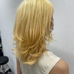 ロング ブリーチ エレガント ブリーチオンカラー ヘアスタイルや髪型の写真・画像