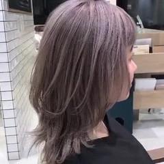 アッシュベージュ ストリート ハイトーンカラー ネオウルフ ヘアスタイルや髪型の写真・画像