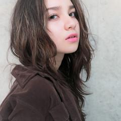 ロング ゆるふわ 冬 モテ髪 ヘアスタイルや髪型の写真・画像