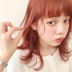 外ハネ アプリコットオレンジ ウルフカット オレンジ ヘアスタイルや髪型の写真・画像