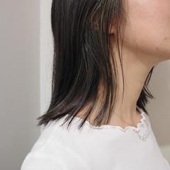 インナーカラー ナチュラル 耳かけ 極細ハイライト ヘアスタイルや髪型の写真・画像