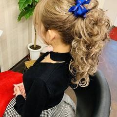 ヘアアレンジ セミロング ふわふわヘアアレンジ ガーリー ヘアスタイルや髪型の写真・画像