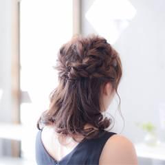 ヘアアレンジ ミディアム パーティ 編み込み ヘアスタイルや髪型の写真・画像