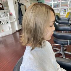 ハイトーン ミディアム ストリート ハイトーンカラー ヘアスタイルや髪型の写真・画像
