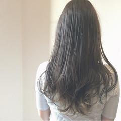 ガーリー アッシュ 暗髪 グレージュ ヘアスタイルや髪型の写真・画像