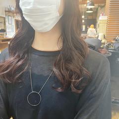ナチュラル コテ巻き風パーマ ロング デジタルパーマ ヘアスタイルや髪型の写真・画像