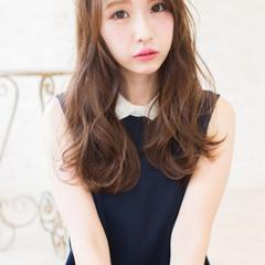 外国人風 ブラウン アッシュ 大人かわいい ヘアスタイルや髪型の写真・画像