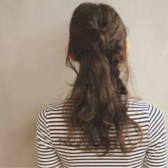 三つ編み セミロング アッシュ 大人かわいい ヘアスタイルや髪型の写真・画像