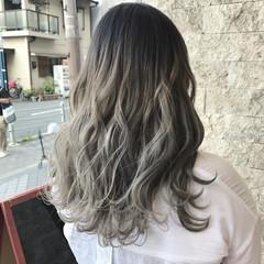 アッシュベージュ ストリート ブラウンベージュ グレージュ ヘアスタイルや髪型の写真・画像
