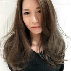 アッシュ グレージュ コンサバ 外国人風カラー ヘアスタイルや髪型の写真・画像