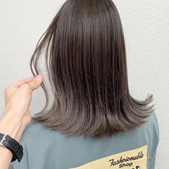 セミロング ブリーチ ラベンダーグレージュ グラデーションカラー ヘアスタイルや髪型の写真・画像