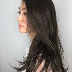 ナチュラル ロング グレージュ 暗髪 ヘアスタイルや髪型の写真・画像