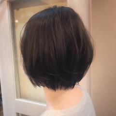 小顔ショート 大人ショート ショートボブ フェミニン ヘアスタイルや髪型の写真・画像