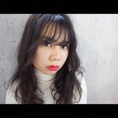 無造作 シースルーバング ピンク ベージュ ヘアスタイルや髪型の写真・画像