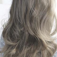 ナチュラル 艶髪 外国人風 ロング ヘアスタイルや髪型の写真・画像