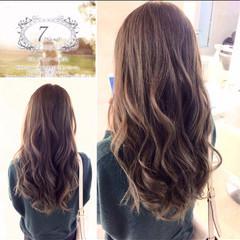 エレガント 上品 ロング イルミナカラー ヘアスタイルや髪型の写真・画像