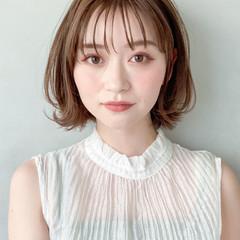 デジタルパーマ アンニュイほつれヘア 大人かわいい 前髪あり ヘアスタイルや髪型の写真・画像