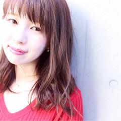 フェミニン 前髪あり ピンクブラウン ブラウンベージュ ヘアスタイルや髪型の写真・画像