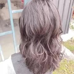 セミロング パーマ ゆるふわパーマ ナチュラル ヘアスタイルや髪型の写真・画像