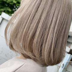 フェミニン ボブ ワンレングス ホワイトアッシュ ヘアスタイルや髪型の写真・画像